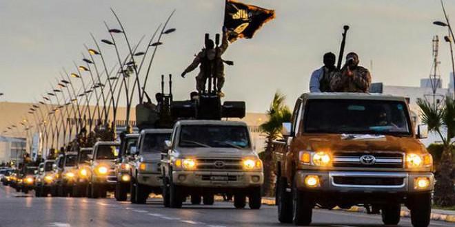 موكب لمسلحي تنظيم داعش