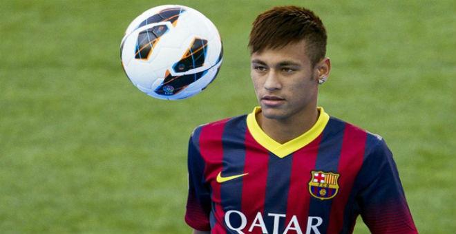 نيمار يؤكد تجديد عقده مع برشلونة