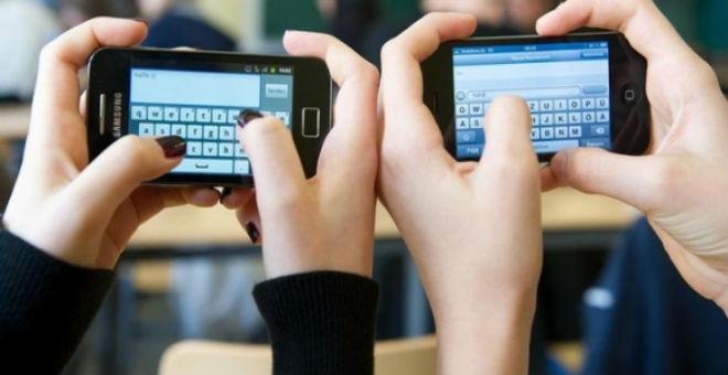 مفاجأة..هذا هو عدد المرات التي تتفقد فيها هاتفك يوميا!