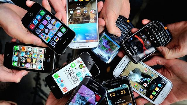 أسعار مكالمات الهاتف المتنقل تواصل انخفاضها بالمغرب