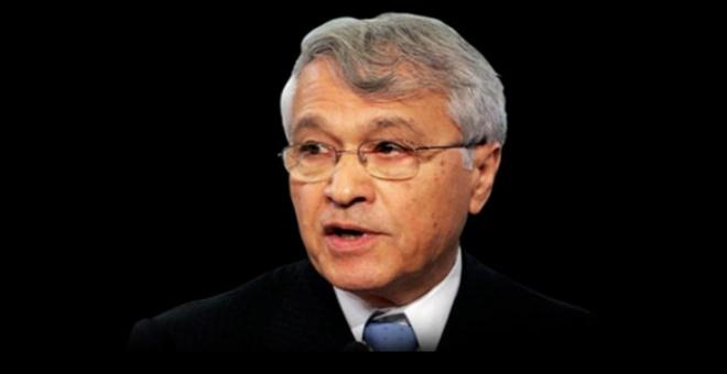 شكيب خليل في قفص اتهام المعارضة الجزائرية
