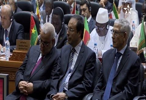 بنكيران نائم في المؤتمر الاسلامي لوزراء البيئة