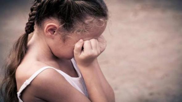"""""""ماما حَاحَّا"""" تكشف عن فضيحة اغتصاب طفلة بأكادير!"""