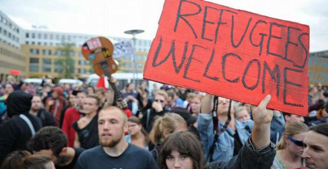 ألمانيا تترجم دستورها إلى العربية من أجل اللاجئين