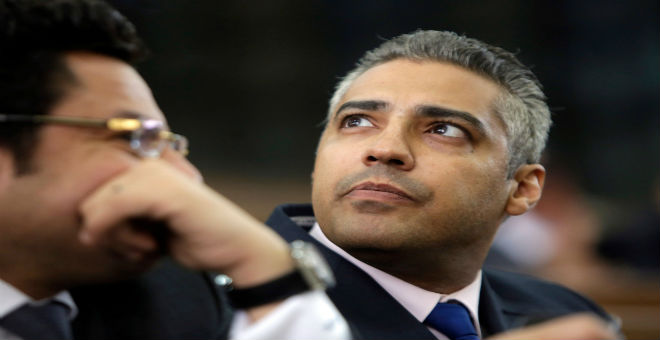 صحفي الجزيرة محمد فهمي يغادر مصر نحو كندا بعد العفو عنه