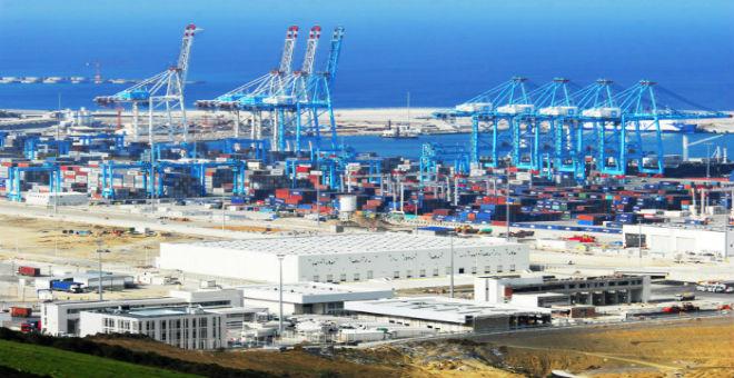 الفوسفاط والسيارات ''ينعشان'' اقتصاد المغرب