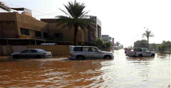 الأمطار الغزيرة توقف زحف القوات العراقية بالأنبار