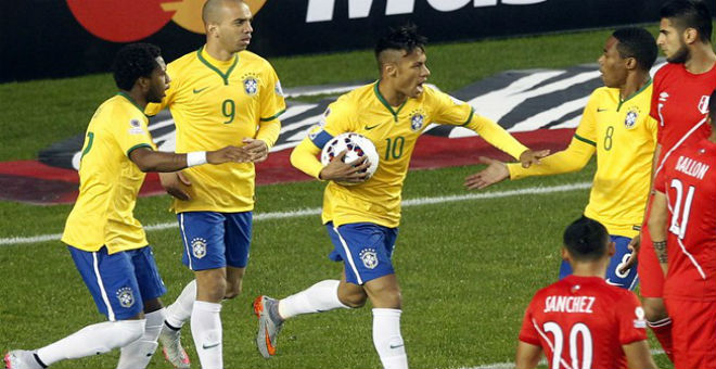 فوز كاسح للبرازيل والأوروغواي والأرجنتين تحقق أول إنتصار