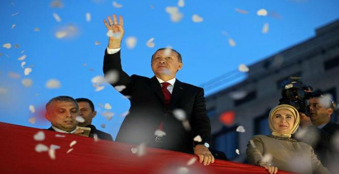 أردوغان يطمح لولاية ثانية وصدارة العدالة والتنمية للبرلمان