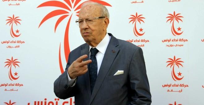"""الصراع داخل """"نداء تونس"""" وتأثيراته على العملية السياسية"""