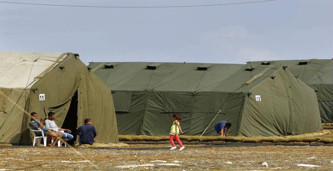 أوضاع مزرية يعيشها اللاجئون في قاعدة بريطانية في قبرص