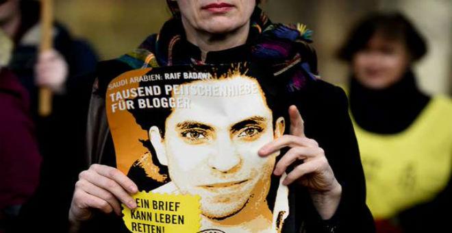 هل سيتم العفو عن المدون السعودي رئيف بدوي؟
