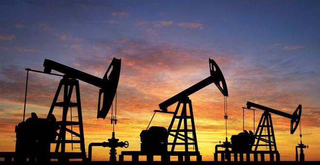 توقعات بانهيار أسعار النفط بشكل قد يؤدي لوقف استخراجه!