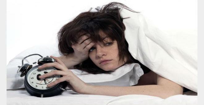 كيف تتغلبين عى القلق وتستغرقين في النوم بسرعة؟