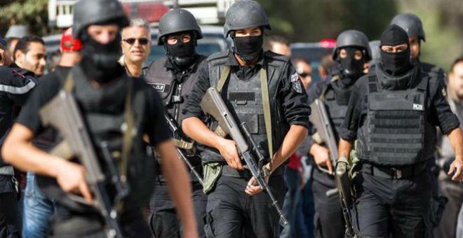 تونس ترفع حالة التأهب الأمني بعد أحداث باريس الدامية