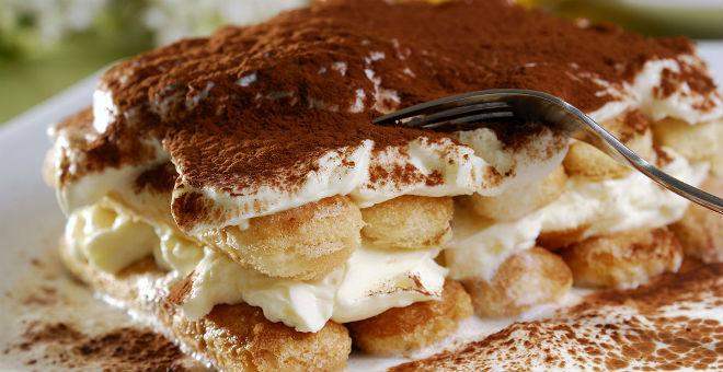 أسهل وأرخص طريقة لعمل حلوى التيراميسو الايطالية