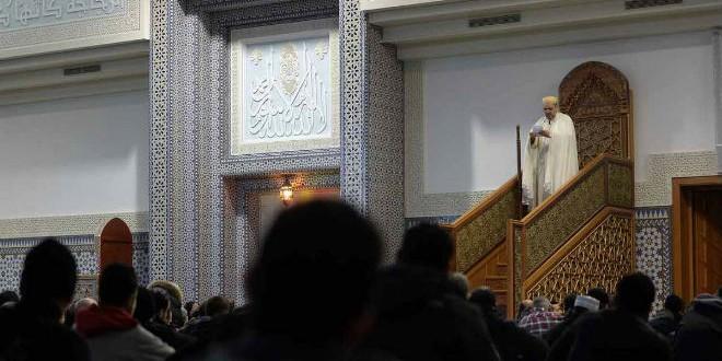 خطبة بأحد المساجد بفرنسا