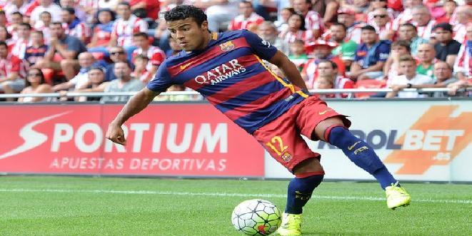 برشلونة يجدد عقد مهاجمه البرازيلي رافينيا