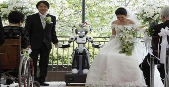 بالصور: روبوتات حلت محل وظائف الانسان