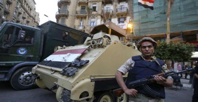 مصر..تفجير انتحاري استهدف فندقا في سيناء