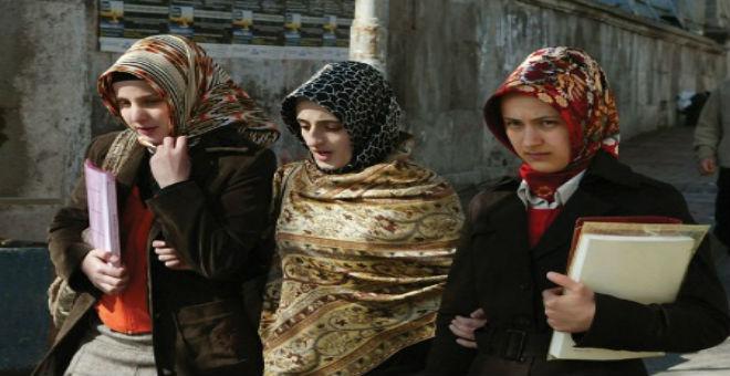 طلبة أتراك يواجهون خطر الترحيل من روسيا بسبب