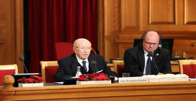 السبسي يدعو السويد لحث الاستثمار الأجنبي على القدوم إلى تونس