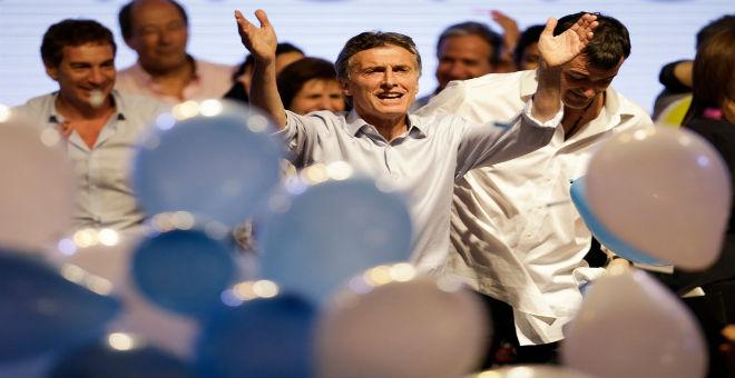 الأرجنتين تطوي صفحة كيرشنر وتنتخب مرشح المعارضة رئيسا