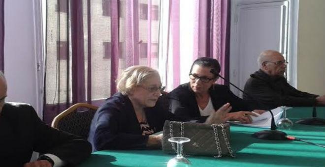 أحزاب جزائرية: مبادرة 19-4 تريد هز ثقة الشعب في قيادة بوتفليقة