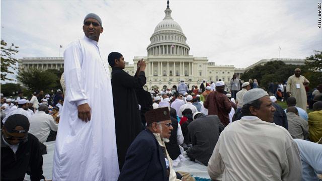 بعد أحداث باريس.. الإعتداءات على مسلمي أمريكا تصاعدت