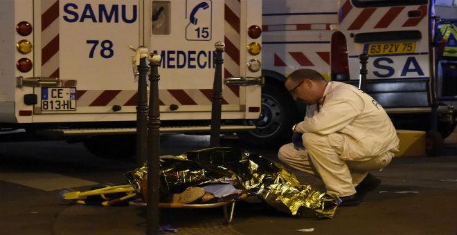 مقتل مواطنين جزائريين في هجمات باريس الدموية