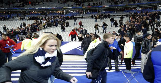 هجمات باريس قد تكبد اقتصاد فرنسا 2 مليار يورو