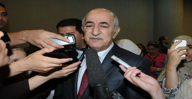 الجزائر: وزير السكن يصف منتقدي
