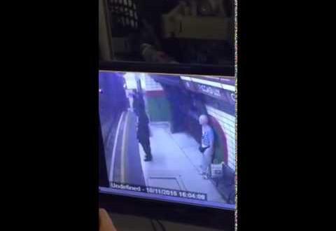 فظيع..بريطاني يحاول قتل مسلمة بطريقة بشعة