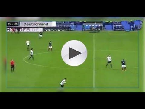 شاهد ردة فعل لاعبو فرنسا وألمانيا بعد سماعهم الإنفجار