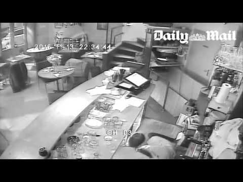 هجمات باريس..فيديو لإطلاق النار على مقهى من زوايا مختلفة