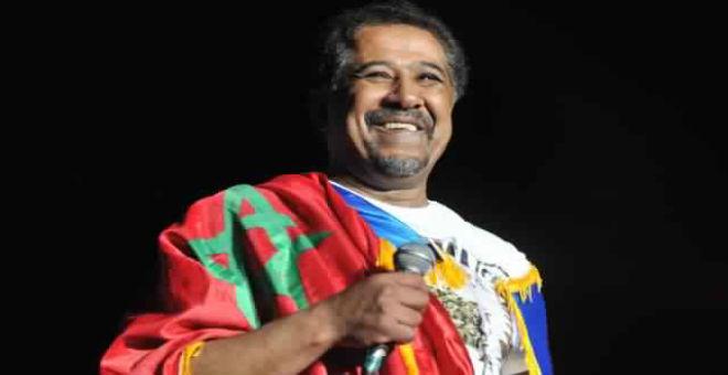 الشاب خالد يفاجئ المغاربة بحفله الغنائي في تندوف