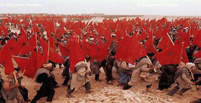 بالصور..أبطال مغاربة يحييون المسيرة الخضراء بطريقتهم الخاصة