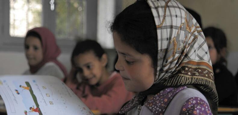 أزيد من 14 ألف إطار صحي ''يجند'' لمتابعة صحة التلاميذ المغاربة