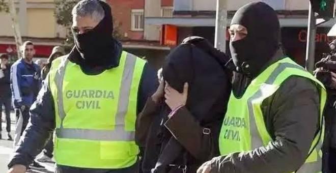 مغربيان جديدان في قبضة الأمن الاسباني بتهمة الإرهاب