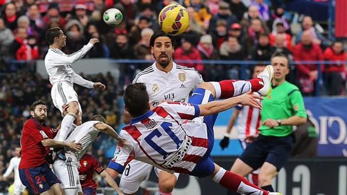 10 أهداف خرافية في كرة القدم لم تحتسب