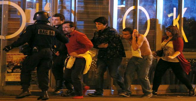 مسلسل احتجاز الرهائن بباريس ينتهي بمقتل مسلحين