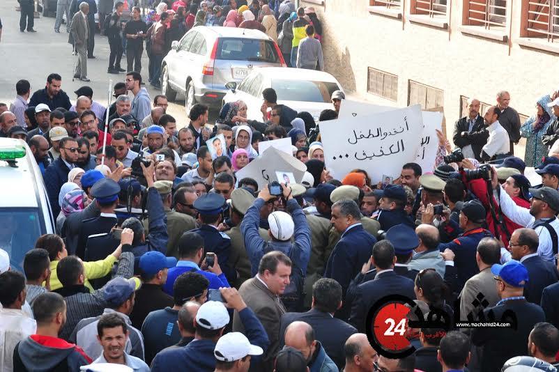 بالصور. أولياء التلاميذ المكفوفين يحتجون بعد مقتل طفلين!