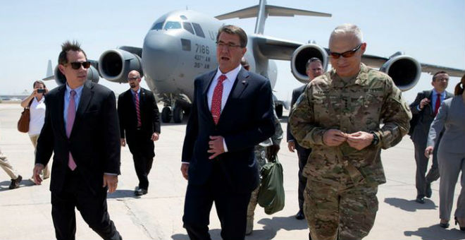 وزير الدفاع الأمريكي ببغداد لبحث خطة محاربة