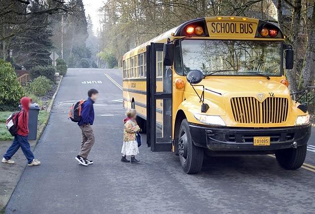 مثير. إغلاق المدارس في أمريكا بسبب الشهادتين!
