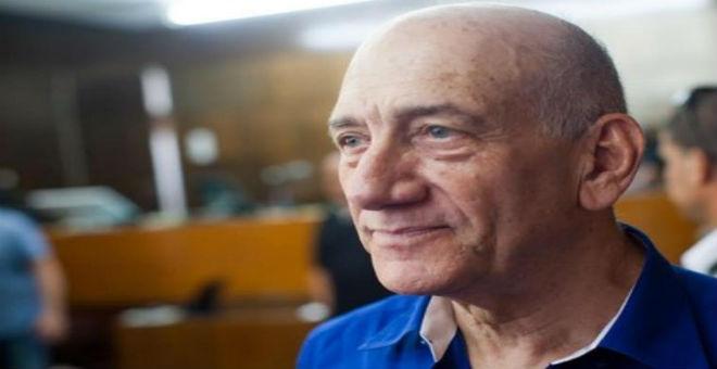 رئيس وزراء إسرائيل الأسبق إيهود أولمرت يدخل السجن