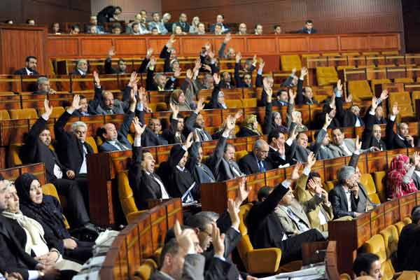 قوانين تنظيمية ''حارقة'' في آخر دورة تشريعية للبرلمان