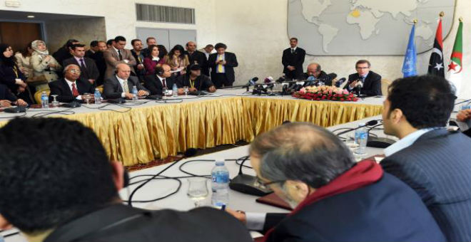 الجزائر احتضنت لقاءات سرية بين الفرقاء الليبيين