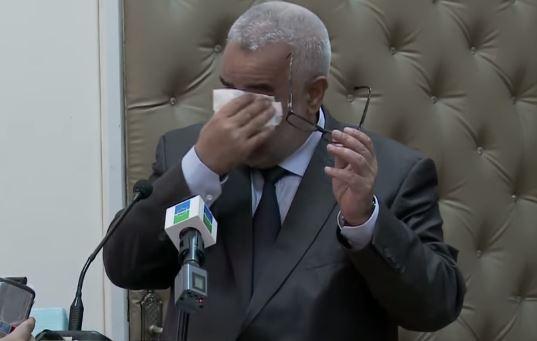 بالفيديو. بسبب الراحل بها.. بنكيران يجهش بالبكاء