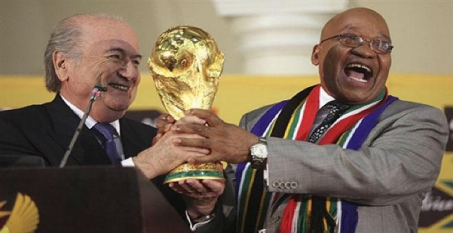 جنوب أفريقيا سرقت المونديال من المغرب بالرشاوى!