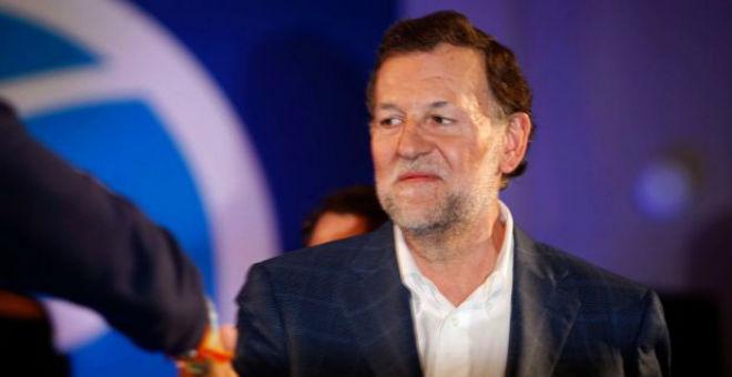 بالفيديو..شاب يوجه لكمة لرئيس الحكومة الإسبانية